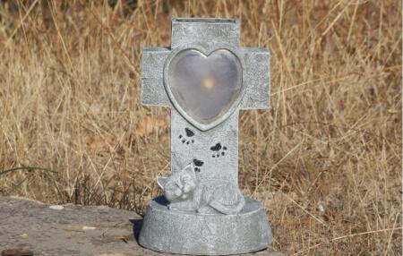 lanterne funeraire chat