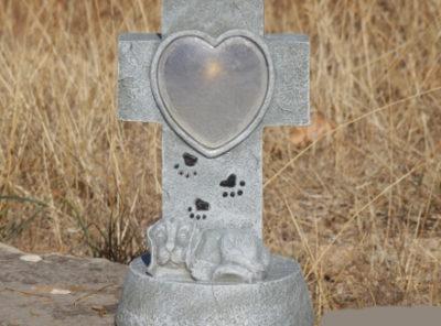 Lanterne funéraire chien