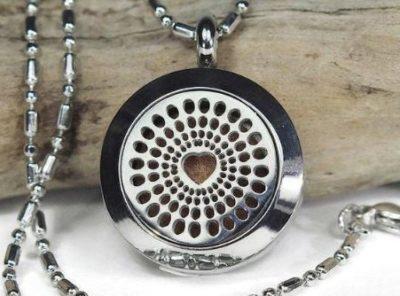 """Medaillon collier souvenir """" Coeur"""""""